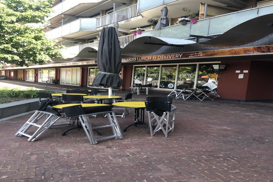 Stationsweg 23, ,Lunchroom,Te Koop,Stationsweg,1093