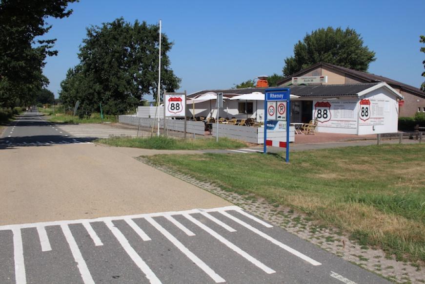Te koop cafetaria lunchroom Route 88 Rhenoy